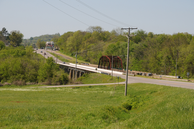 Photo of US Highway 31 North coming in to Elkton